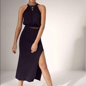 Wilfred Aritzia black ribbed midi skirt with slit